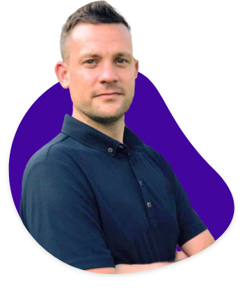Jon Garratt Golfing Coach with purple background